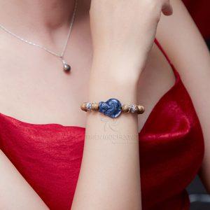 Nine-tailed fox agarwood beaded bracelet