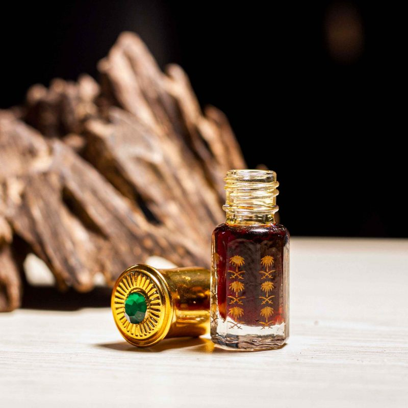 Pure Agarwood essential oil