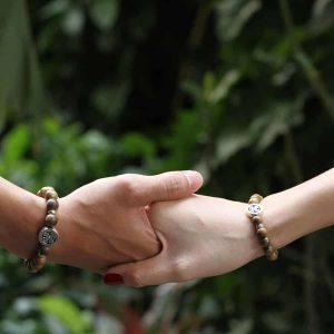 4 lucky leaf agarwood bracelet