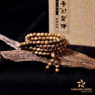 Agarwood beads