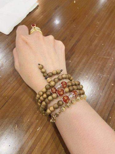 Laos 108 mala beads bracelet - classic photo review