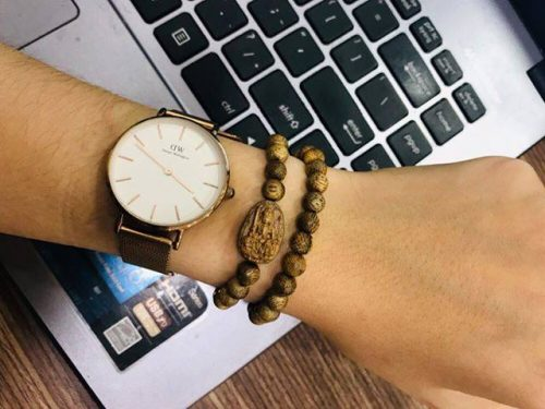 Guardian Buddha agarwood beaded bracelet - classic photo review
