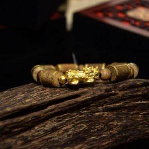 Gold Pillar Pixiu Agarwood Bracelet