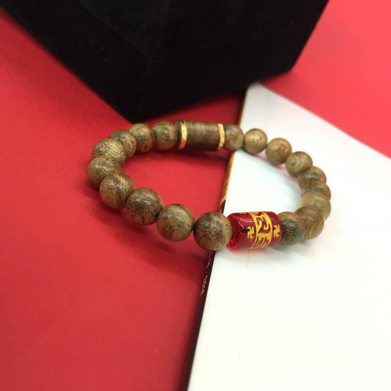 Red Tibetan bracelet