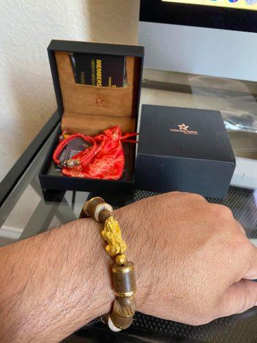 Pixiu bamboo agarwood bracelet with 18k gold - classic photo review