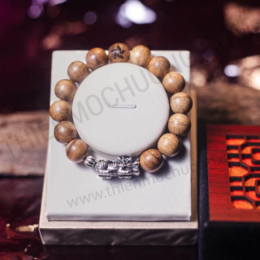 Feng Shui bracelet