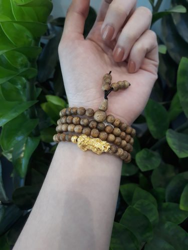 Pixiu 108 beads agarwood bracelet with 24k gold - classic photo review