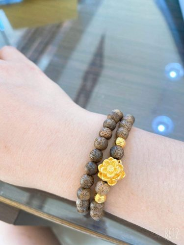 Double round lotus agarwood beaded bracelet with 24k gold- classic photo review