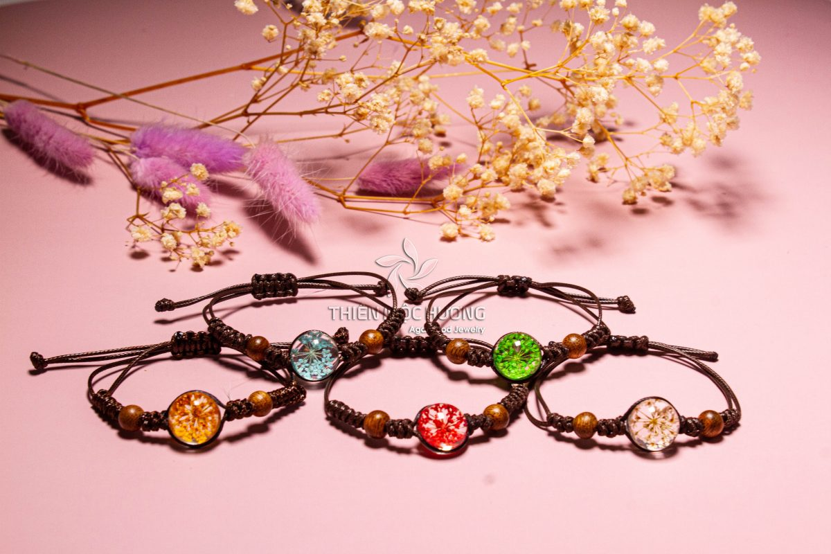 GEMSTONE AGARWOOD BRACELETS is a great protection, brings peace - worth $31