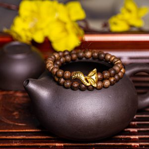 Philippines nine-tailed fox agarwood beaded bracelet with 24k gold charm - premium