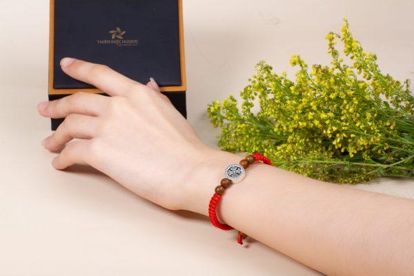 Agar-fourleaf bracelet