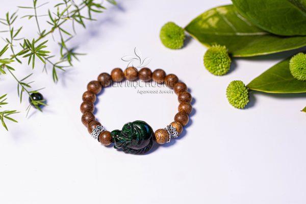Fox - Green quartz stone