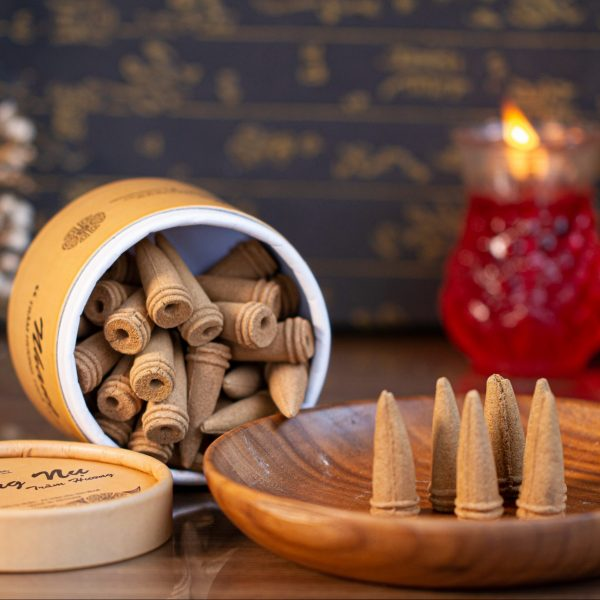 people often use incense buds to steam houses, workshops, companies, or offices...